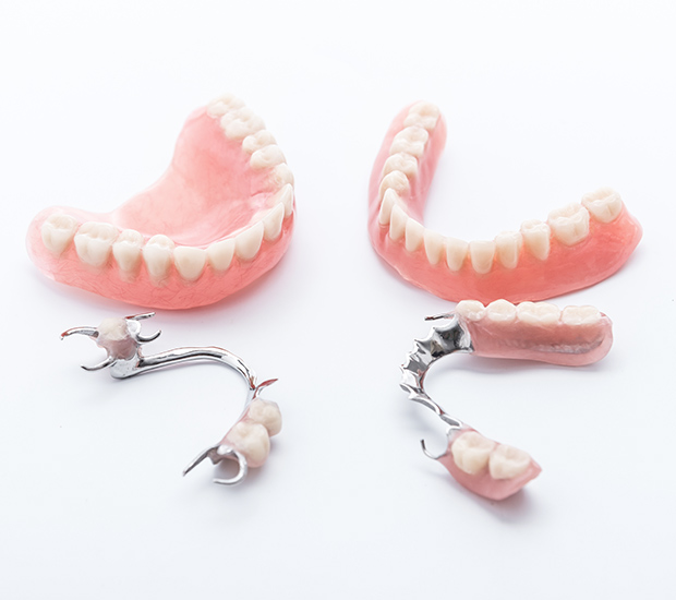 Babylon Dentures and Partial Dentures